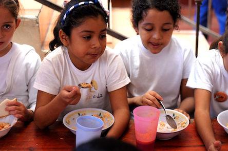 Donación para alimentos de la Fundación Más Vida